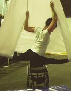 The disabled who can do aerial yoga