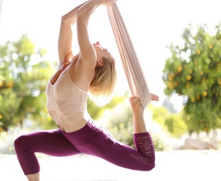 aerial yoga for runners poses lunge back bend